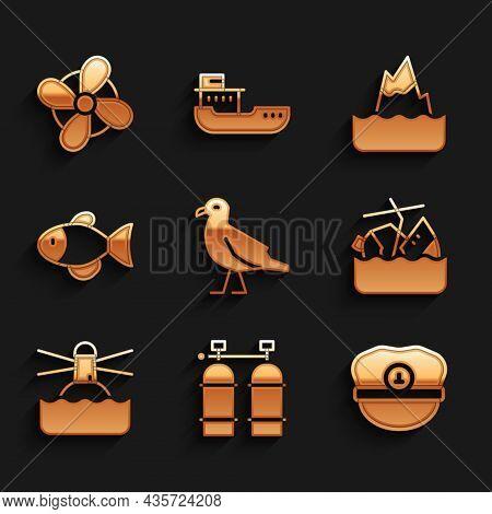 Set Bird Seagull, Aqualung, Captain Hat, Sinking Cruise Ship, Lighthouse, Fish, Iceberg And Boat Pro