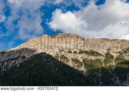 Mountain Peak Of Monte Rudo Or Rautkofel. Mountain Range Of The Rondoi-baranci, Seen From The Landro