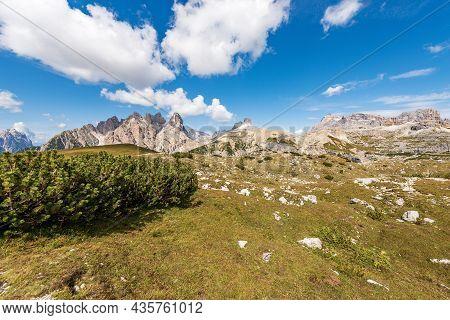 Italian Alps, Panorama Of Sesto Or Sexten Dolomites From Tre Cime Di Lavaredo Or Drei Zinnen, Dolomi