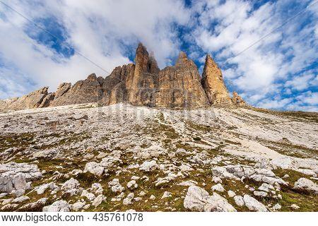Drei Zinnen Or Tre Cime Di Lavaredo (three Peaks Of Lavaredo), South Face, The Famous Mountain Peaks