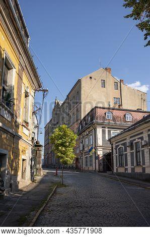 Uzhhorod, Ukraine- September 4, 2021: Streets And Architecture Of The Old City Of Uzhgorod In Ukrain