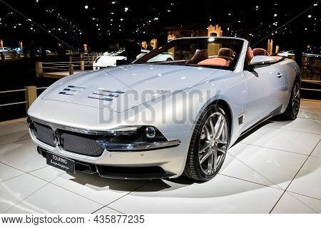 Carrozzeria Touring Superleggera Scia Di Persia Cabriolet Sports Car At The Autosalon 2020 Motor Sho