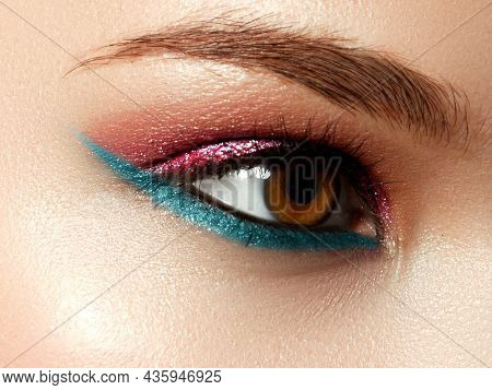 Beautiful Face Of The Woman With Ideal Skin. Evening Bright Cosmetics. Eyelashes Are Long. Black And