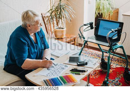 Hobby Ideas For Older People. Retirement Hobbies, Pastimes For Seniors. Activities For Seniors With