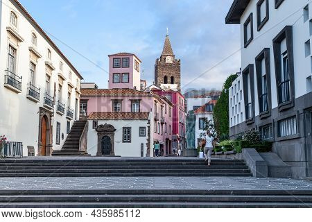 Funchal, Madeira - August 25, 2021: This Is Capelistas Street, Passing By The Regional Assembly Of M
