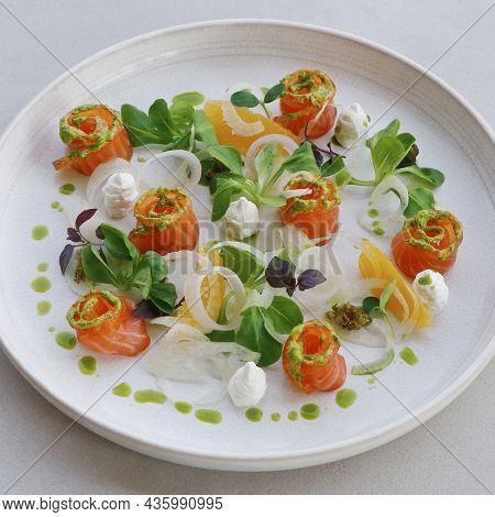 Salmon Gravlax, Salt And Sugar Cured Fresh Salmon In A Serving Plate With Leaves And Garnish, Fine D
