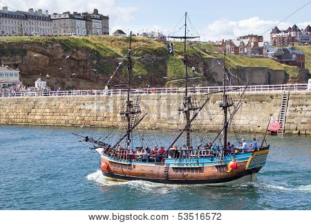 Whitby tourist boat