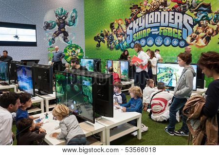 Kids Play At Games Week 2013 In Milan, Italy