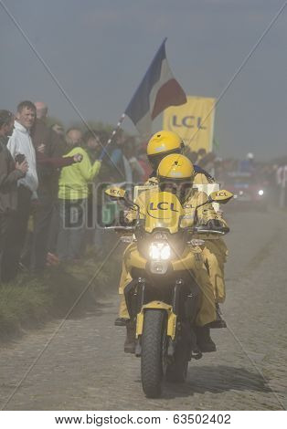 The Yellow Bike In The Dust- Paris Roubaix 2014
