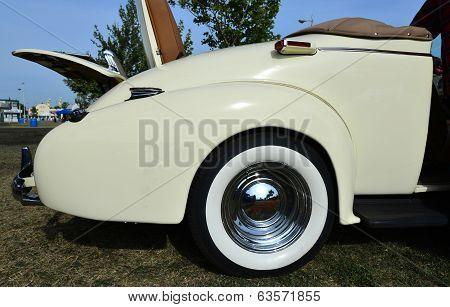 1937 Oldsmobiles Convertible