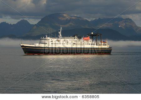 Ship, Ocean liner