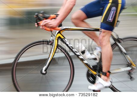 Rapid Triatlete Cycling