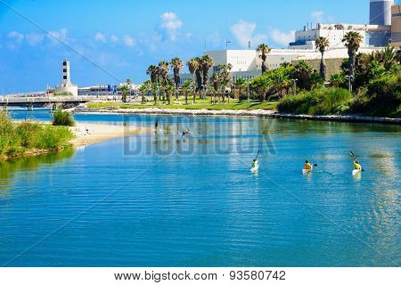 Yarkon Stream, Tel-aviv