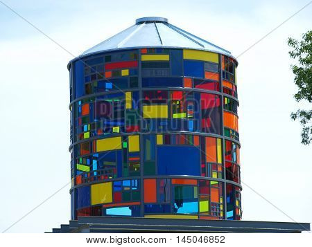 Dallas USA,22nd August 2016. A new art piece in the shape of a silo is now displayed . It lights up at night in Farmers Branch, 22nd August 2016 in Dallas, Texas