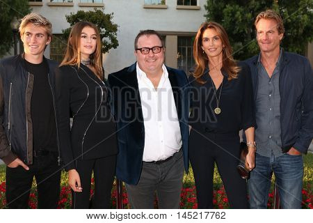 LOS ANGELES - AUG 31:  Presley Gerber, Kaia Gerber, Sean Hanish, Cindy Crawford, Rande Gerber at the