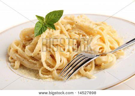 Fettuccine All Alfredo