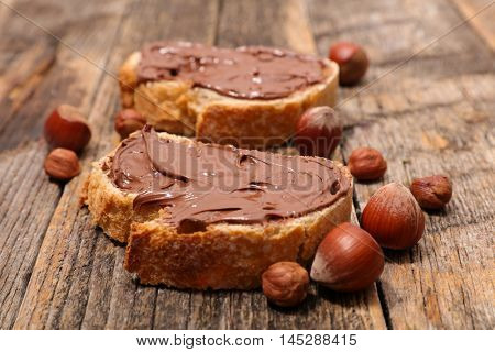 bread with chocolate spread
