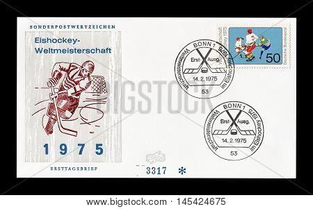 GERMANY - CIRCA 1975 : Cancelled First Day Cover letter printed by Germany, that shows Hockey.