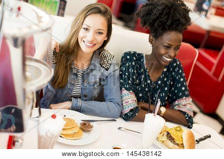 Women In The Diner