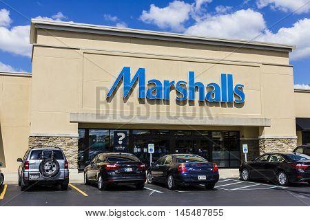 Indianapolis - Circa September 2016: Marshalls Retail Strip Mall Location. Marshalls Is A Subsidiary