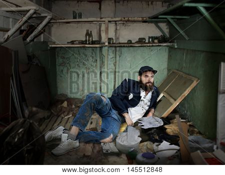 Vagrant in a dirty room