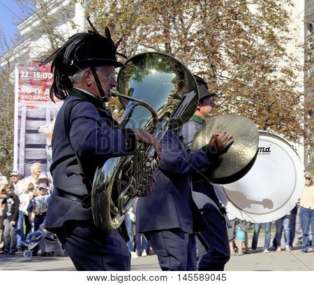 MOSCOW, RUSSIA - August 27, 2016: Musicians of the Orchestra of the Tyrolean Imperial Riflemen Austria on tjhe Festival of military orchestras