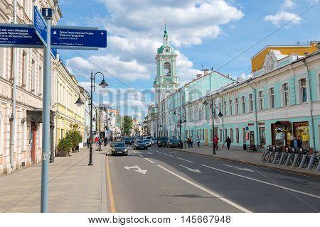 MOSCOW - JUNE 10 2016: the Urban landscape. View of Pyatnitskaya street and the Church of St. John the Baptist under Bor