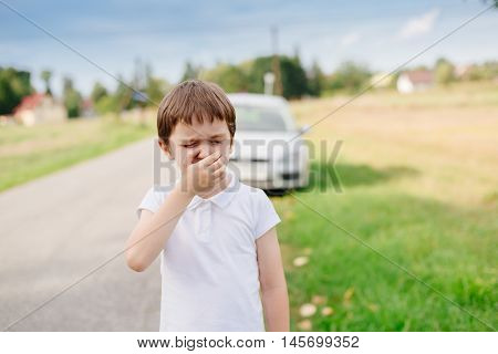 Seven Years Old Child Suffers From Motion Sickness