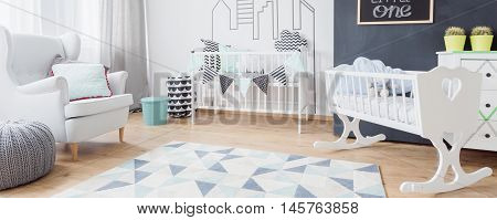 White Toddler Bedroom Idea