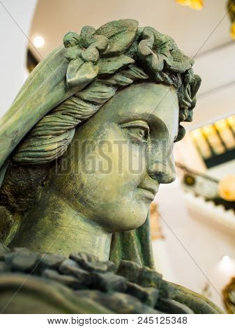 Statue Of Stone. Head Of Famous Statue. Ceramicslife Neoclassical Statues Ornaments Resin Model Room