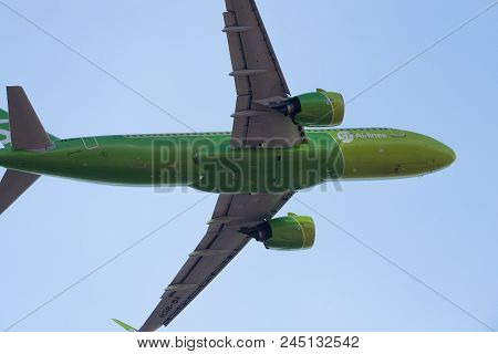 Airbus A320-271N Vq-bch S7 Airlines