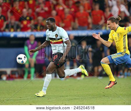 Nice, France - June 22, 2016: Romelu Lukaku Of Belgium Attacks During The Uefa Euro 2016 Game Agains
