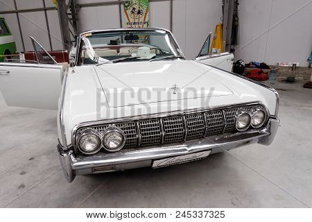 Kharkiv, Ukraine - May 19, 2018: Retro Car White Lincoln Continental Cabrio Manufactured In 1963 Is