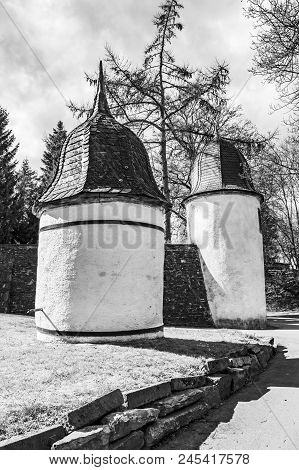 Castle Wallerode Well Tower And Round Tower Of The Revetment Wall, Black And White Photography, At T