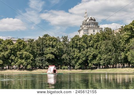 Russia, Moscow. Patriarch's Ponds.