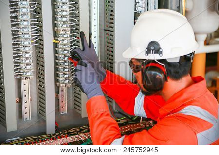 Electrical Terminal In Junction Box And Service By Technician. Electrical Device Install In Control