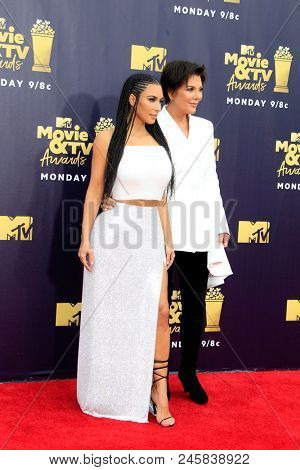 LOS ANGELES - JUN 16:  Kim Kardashian, Kris Jenner at the 2018 MTV Movie And TV Awards at the Barker Hanger on June 16, 2018 in Santa Monica, CA