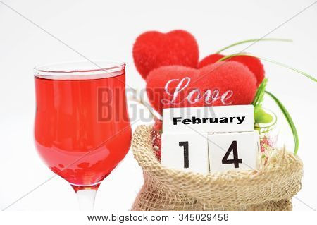 The Red Heart In The Sack And The Calendar Glass, 14 February,