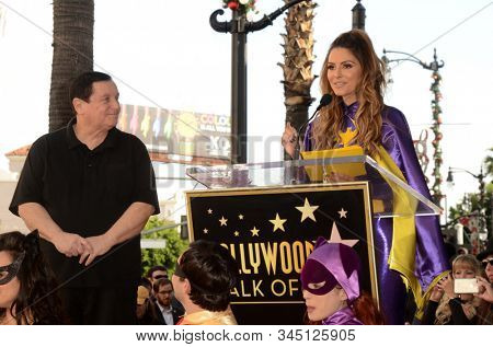LOS ANGELES - JAN 9:  Burt Ward, Maria Menounos at the Burt Ward Star Ceremony on the Hollywood Walk of Fame on JANUARY 9, 2020 in Los Angeles, CA