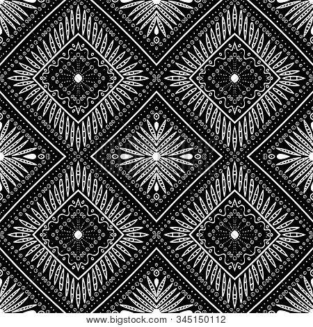 Black Peru Ikat Boho Vector Seamless Pattern. Stripe Style Print. White Vintage Navajo Background. A