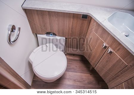 Modern Motorhome Rv Bathroom And Restroom. Recreational Vehicle Interior Features.