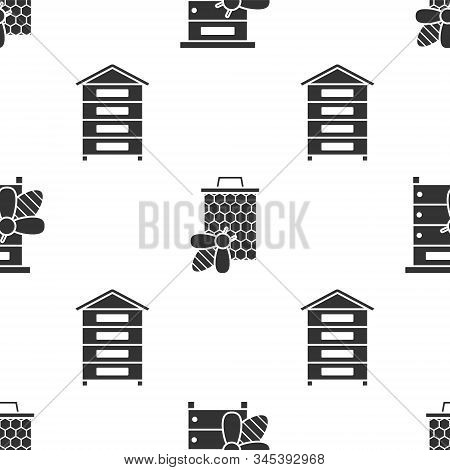 Set Hive For Bees, Bee And Honeycomb And Hive For Bees On Seamless Pattern. Vector