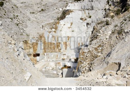 Cava Marmo Bianco