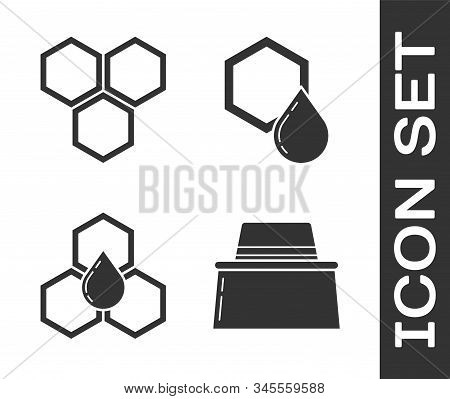 Set Beekeeper With Protect Hat, Honeycomb, Honeycomb And Honeycomb Icon. Vector