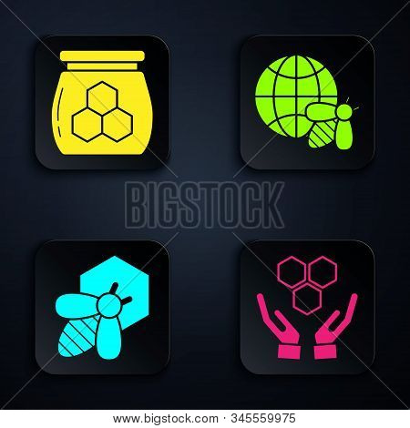 Set Honeycomb And Hands, Jar Of Honey, Bee And Honeycomb And Honeycomb Map Of The World And Bee. Bla