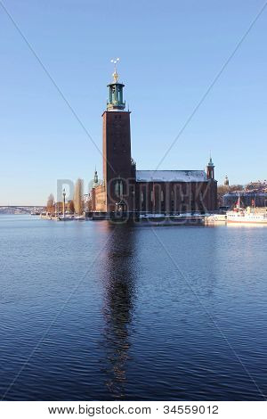 Stockholms stadshus in winter