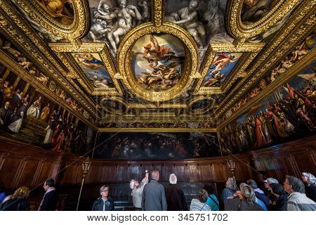 Venice, Italy - May 20, 2017: People Inside The Doge`s Palace (palazzo Ducale) In Venice. It Is A Fa