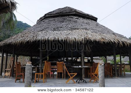 Modern style restaurant with vernacular architecture