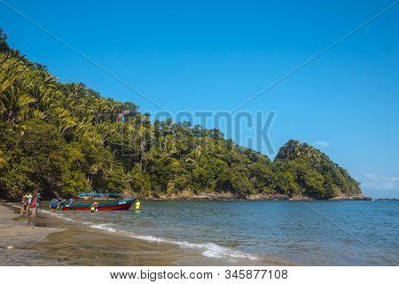 Tela, Honduras »; January 2020: Puerto Caribe Beach In Punta De Sal In The Caribbean Sea