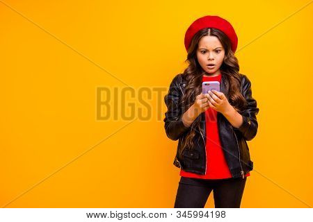 Portrait Of Her She Nice Attractive Pretty Lovely Worried Long-haired Girl Wearing Streetstyle Using